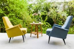 żółty i niebieski fotel w stylu space age z węgier